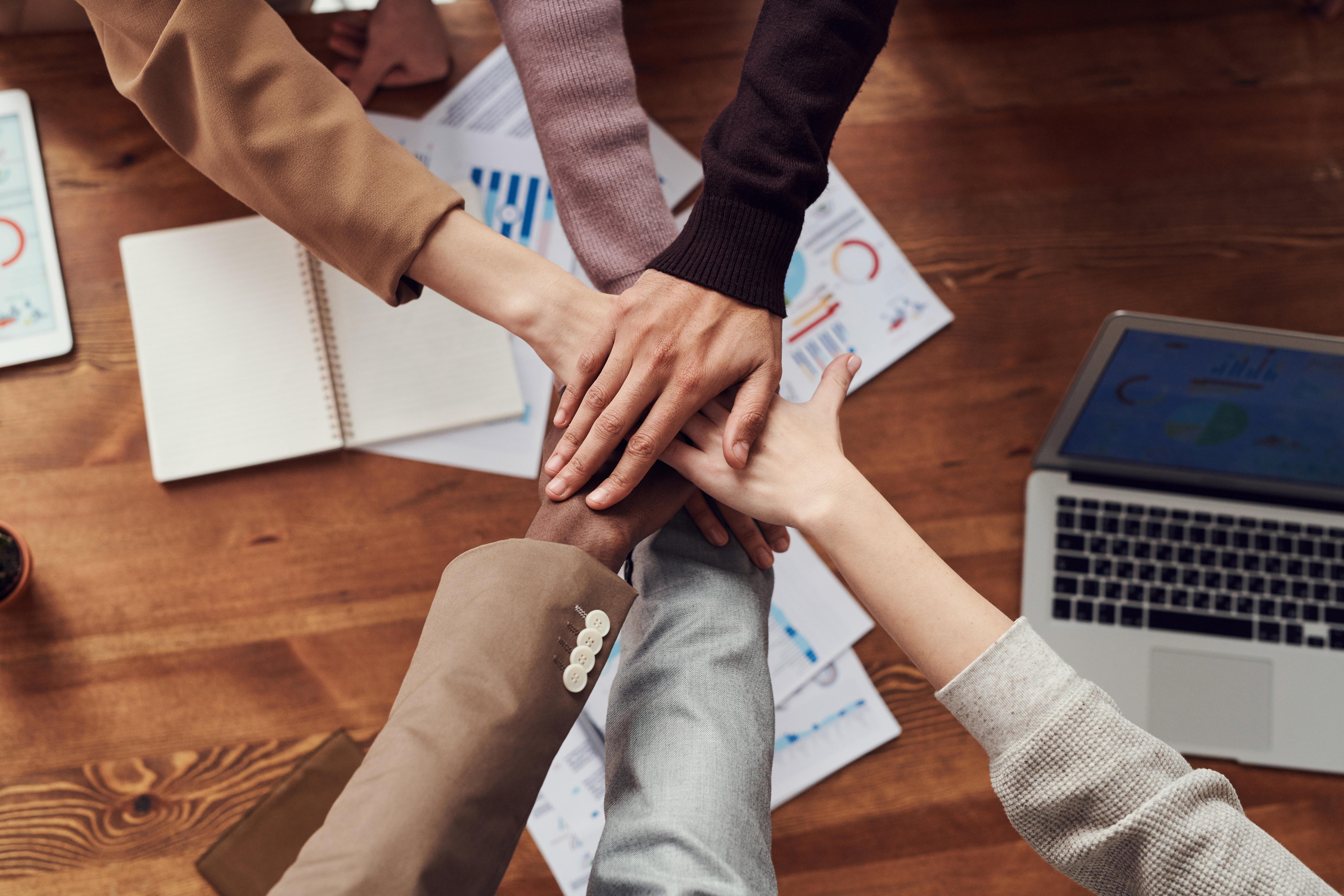 5 Tips to Attract and Retain Talented Staff