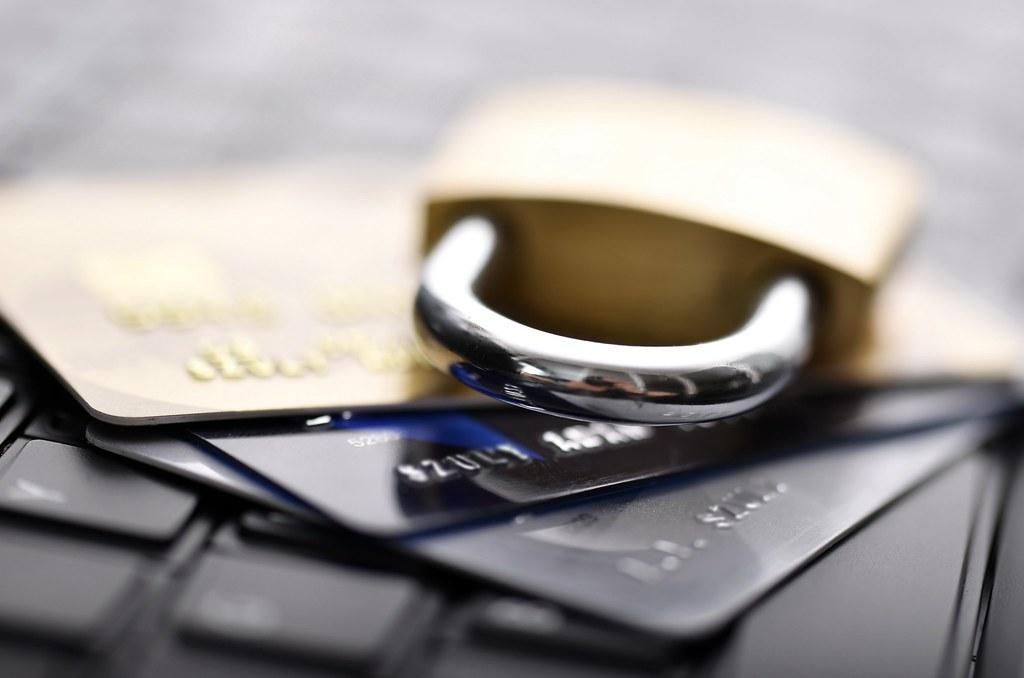 How to Avoid Identity Theft